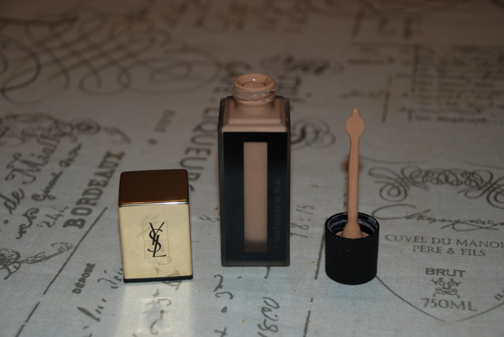 le teint encre de peau Yves Saint Laurent